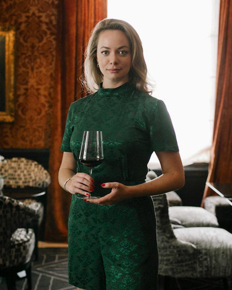 Gabrielle Vizzavona, Reine du vin !